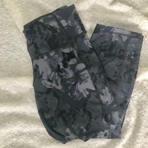 Old navy active workout capris